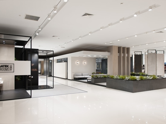 THE 24th EDITION OF THE PORCELANOSA EXHIBITION