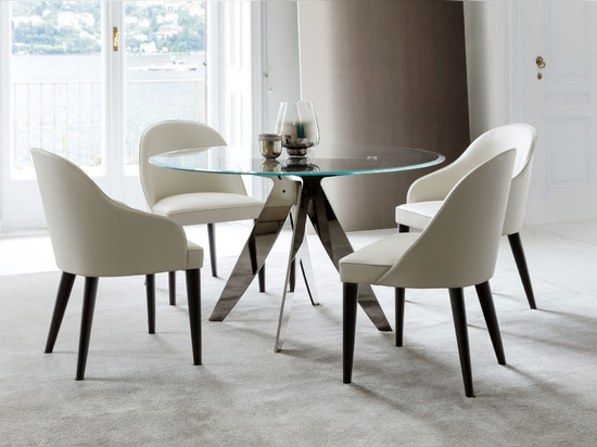 Ring Table and Judy Chair
