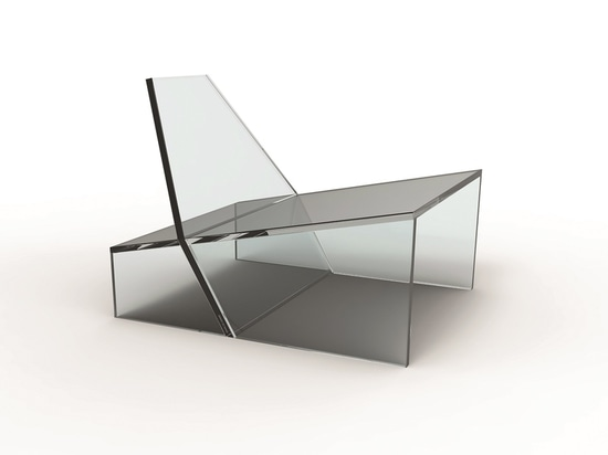 Hum chair by Zanine for Glass 11