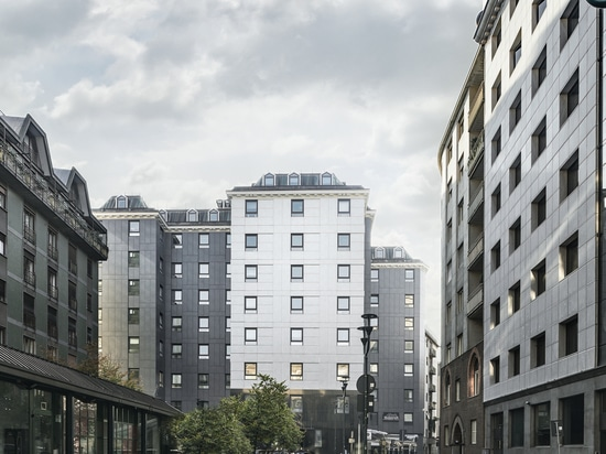 LAMINAM TREDI AND OXIDE FOR THE VENTILATED FACADES IN MILAN