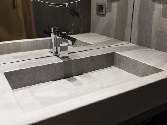 LAMINAM FOR HOTEL MAJESTIC BATHROOM, MADONNA DI CAMPIGLIO