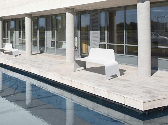 Ibiza bench