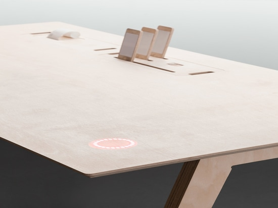 """Buro, an Internet-connected """"data desk"""" by Opendesk"""