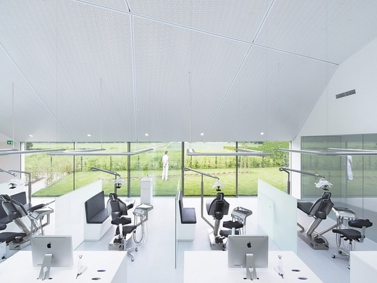 Orthodontic clinic interior by Amsterdam-based Studio Prototype. Photo by Jeroen Musch via Studio Prototype.