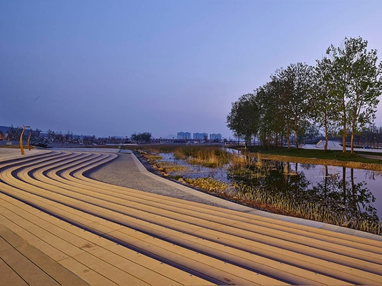 HHD_FUN designs a sprawling green-roofed complex for Chinese horticulture show
