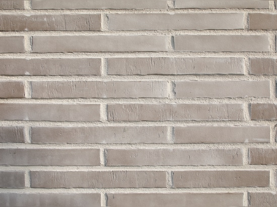 ARCHITECTURAL FIRING BRICK SLIPS AND FLOOR TILES FROM THE STRÖHER GROUP