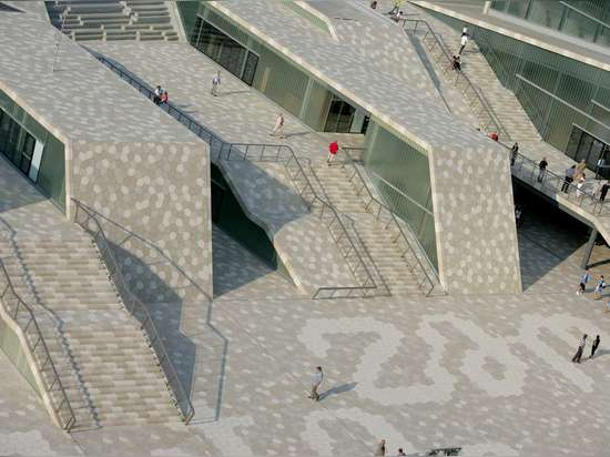 Undulating Croatian sports center is an urban design masterpiece