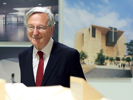rafael moneo among international artists recognized by 2017 praemium imperiale awards