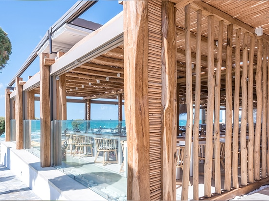elastic architects' renovation of the rinela beach resort highlights the picturesque aegean sea