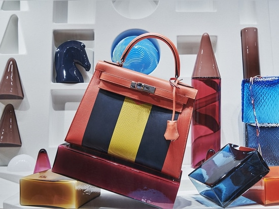 Hermès & Luca Nichetto: The Secrets of Retail Window Designs