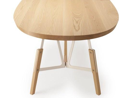 Stammtisch, design Alfredo Häberli