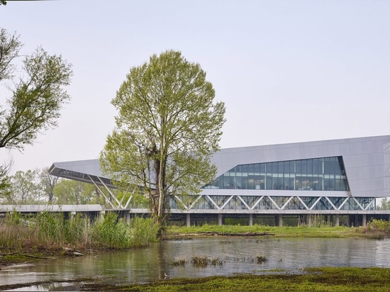 Water Institute headquarters by Perkins+Will sits on Mississippi River
