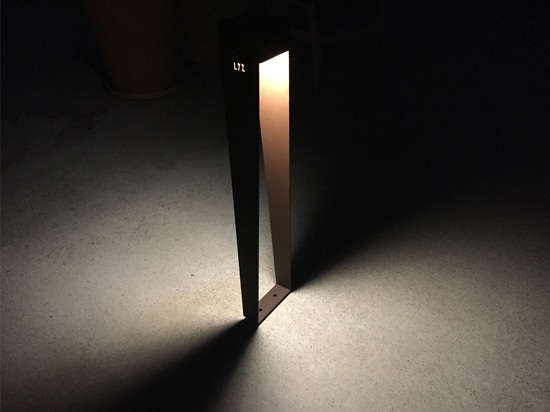 Solar pathway light BTS 900