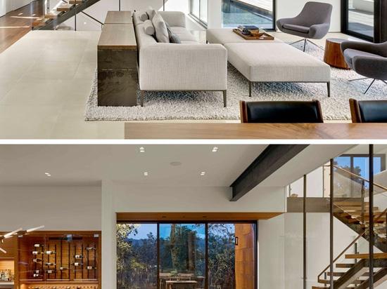 The RidgeView House by Zack   de Vito Architecture + Construction
