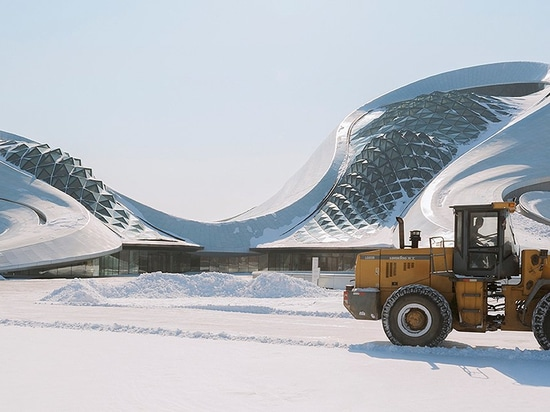 andrés gallardo photographs MAD architects' harbin opera house in china's ice city