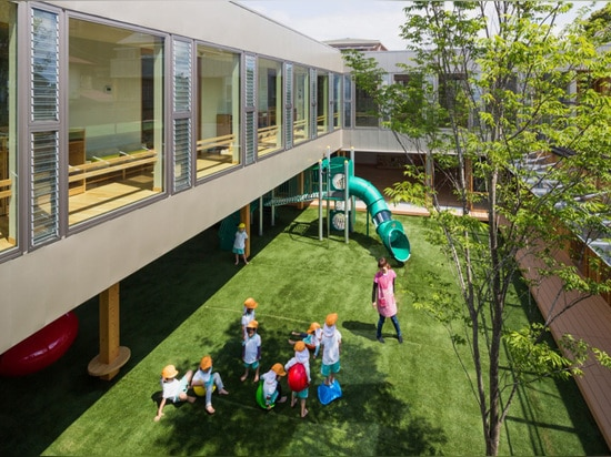 effective natural ventilation and a increased interior daylight is also achieved