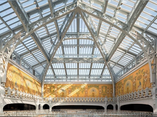 The atrium's glass roof has been uncovered