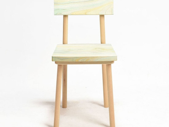 YUKI YOSHIKAWA'S GRAIN CHAIR HIGHLIGHTS WOOD'S NATURAL BEAUTY