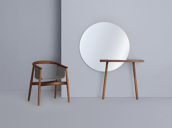 CARLO & CARLA DRESSING TABLES BY FLORIAN SCHMID