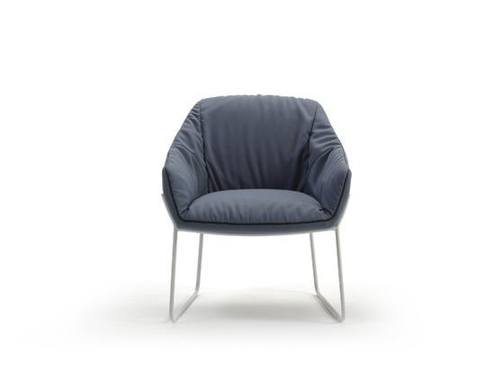 Nido chair by Rafa Garcia