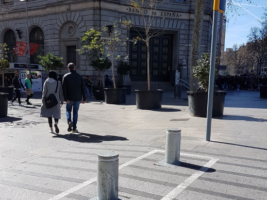 Melbourne automatic security bollards in Barcelona