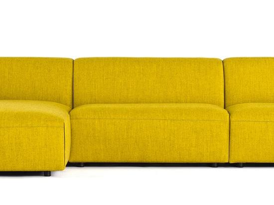 PROSTORIA'S TWO-SECOND SOFA BEDS (MILAN 2014)