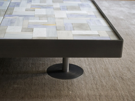 Sofia Wall Paper Coffee Table in Fog