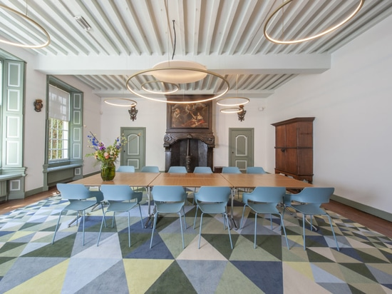The Kamer van Charitate in the Prinsenhof Delft Museum is a multipurpose space thanks to Wilkhahn furniture, which is easy to configure. Photo: same-d