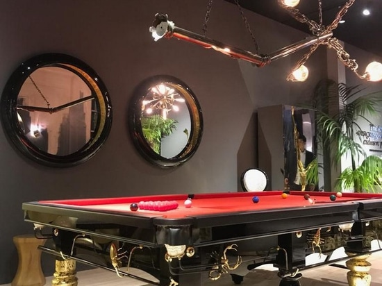 Metamorphosis Snooker Table and Lumière Suspension Lamp at Boca Do Lobo's stand.