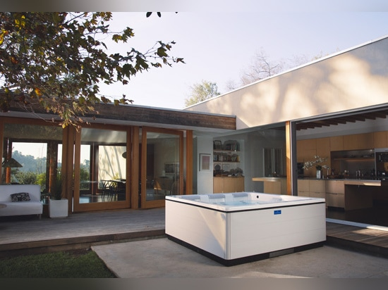 iF Design Awards 2015 – Outdoor whirlpool Just Silence from Villeroy & Boch awarded prize