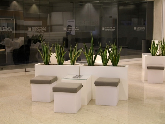 Stand out or die – pots for hotels