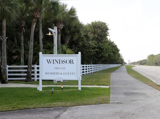Windsor's welcome sign (Alice Bucknell)