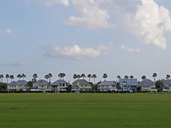 Rows of Windsor homes along the golf course (Alice Bucknell)
