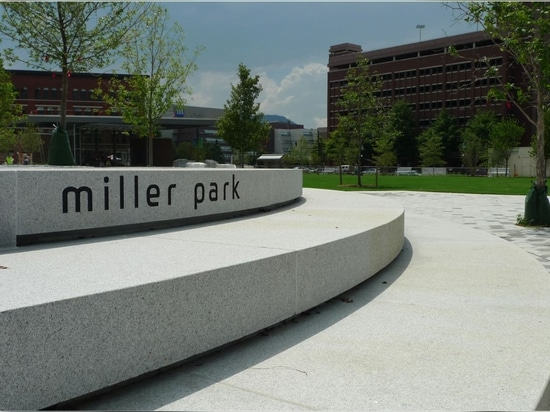 Miller Park by EskewDumezRipple and Spackman Mossop Michaels