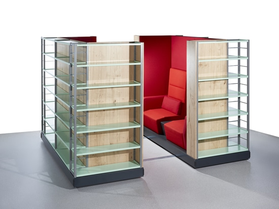 The new product Zambelli Pazio combines bookshelf and effective area.