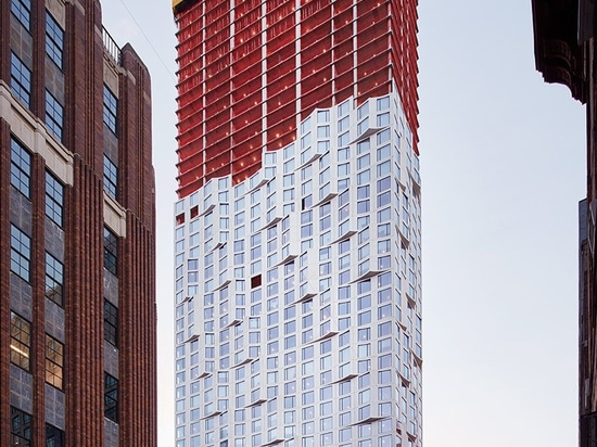 11 hoyt has now topped out in downtown brooklyn