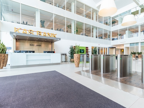 KAS BANK chooses SELLEX for its new offices