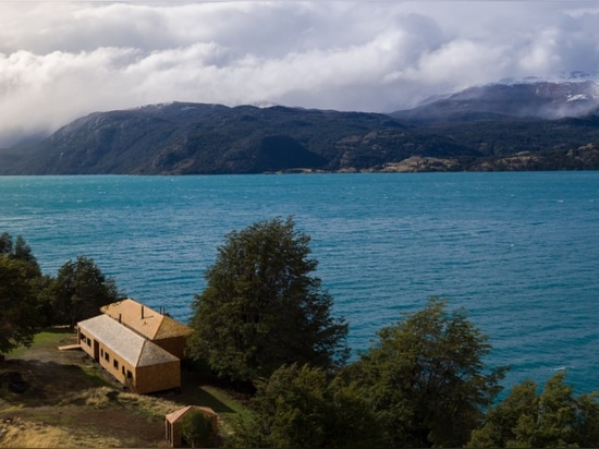 Chilean Patagonia: a house by the lake