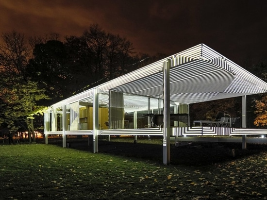 2014 Farnsworth House INsite project by Luftwerk, a precursor to this year's October installation of Geometry of Light. (Photography by Kate Joyce, Mel and Phil Theobald, Tom Rossiter, courtesy Luf...