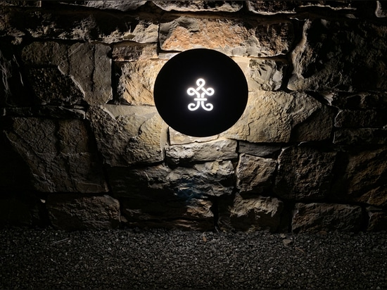Wall Lamp LYX for La Martinette