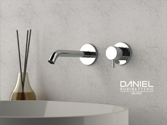 TOKYO wall maunted mixer by Daniel Rubinetterie