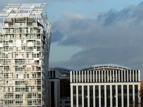 jean nouvel adds to lyon's confluence district with residential building 'ycone'