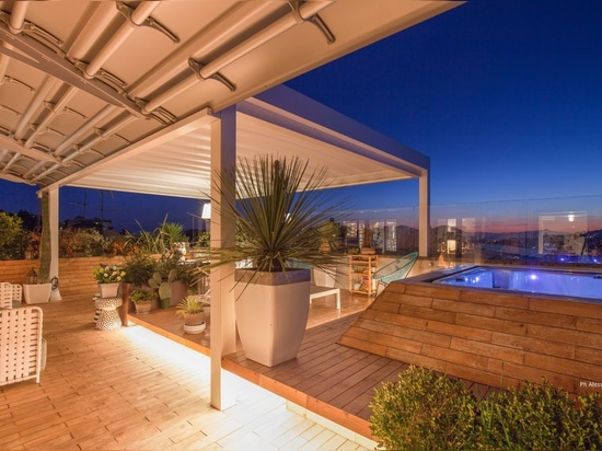 Brightness and design: looking at the sky from a panoramic penthouse