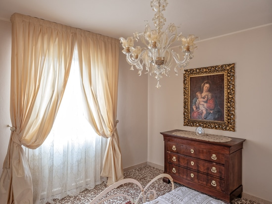 Golden Century Murano chandeliers for private villa in Franciacorta area