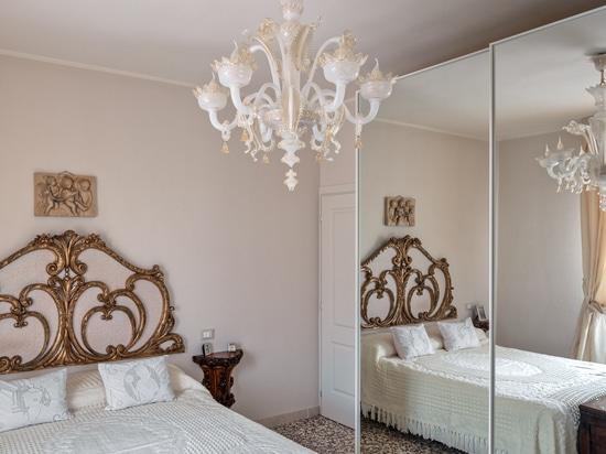 V-Classic 800 Murano chandeliers for private villa in Franciacorta area