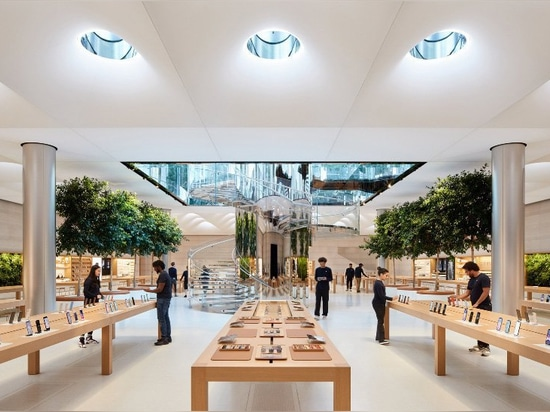 apple's famous new york 'cube' re-opens on fifth avenue