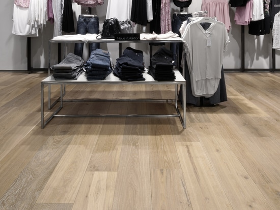Dennebos engineered oak flooring in a custom made color.