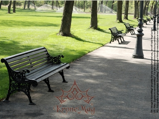 Cast iron benches from KroneMag