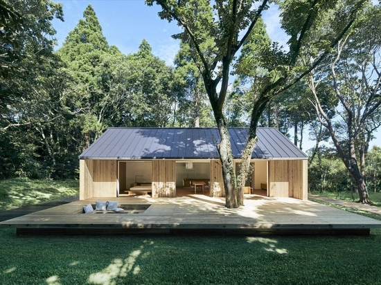 Upon the launch of the Yō no Ie House in September 2019, Muji installed a show home in a forested area in Isumi, about two hours from central Tokyo.