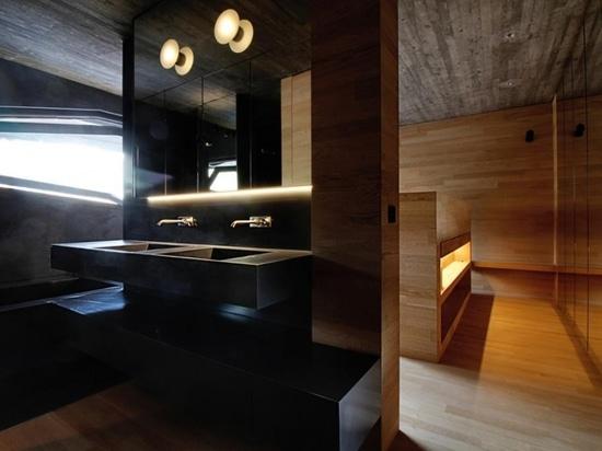 Walls and flooring